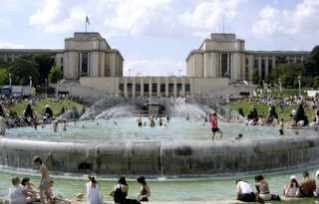 Varsovie Fountains, Trocadero Garden, Paris