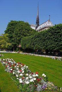 Square Jean XXIII, Paris