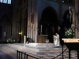 Notre Dame de Paris, Mass